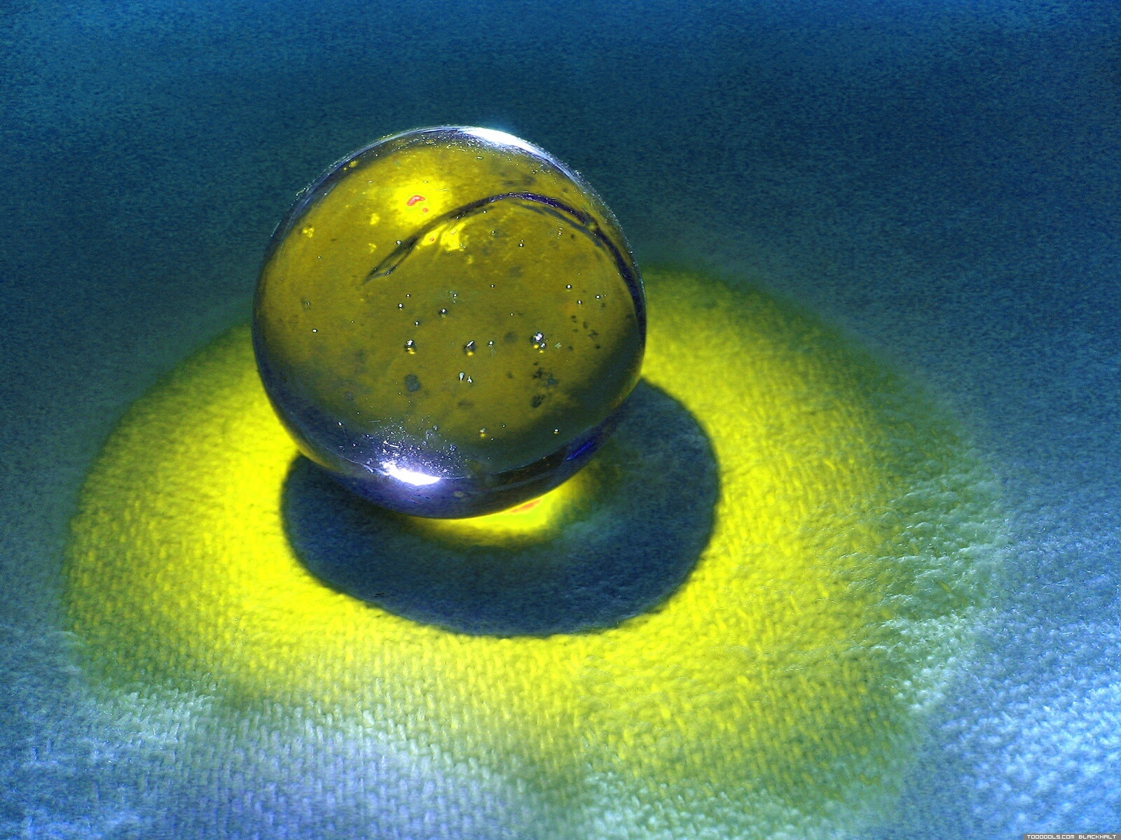 Crystal ball yellow